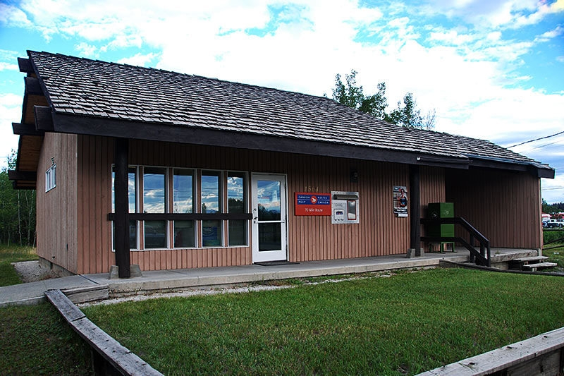 canada post 70 mile house.jpg